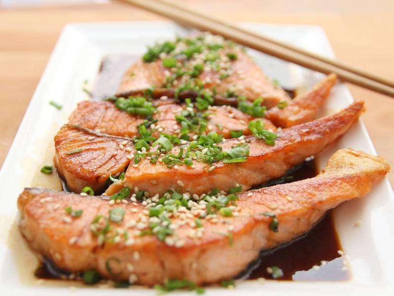 Salmon Eat